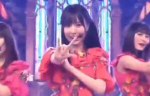4期生曲『I see... 』のポーズの賀喜遥香